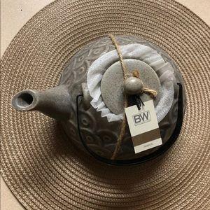 Boston Warehouse Teapot